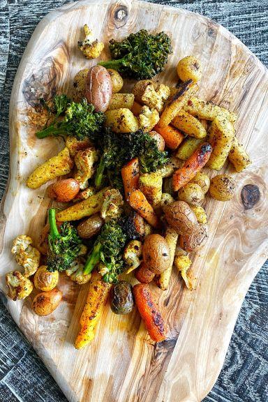 Verduras rostizadas y cúrcuma